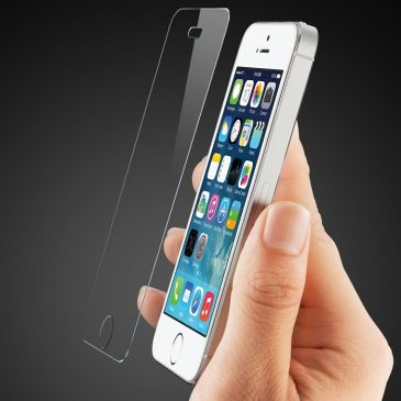Protect the Screen of iPhone with High Grade Screen Protector